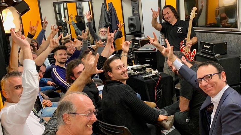 Seminario Build Your Pedalboard tenuto da Guido Michetti in arte Vinteck